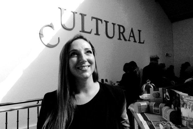 Simona Scapin, salon Cultural